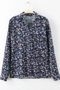 '.Рубашка с цветочным принтом .'