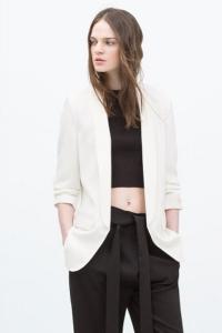 '.Женский пиджак с присборенными рукавами .'