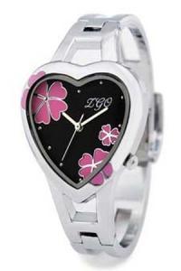 '.Часы с циферблатом-сердечко .'
