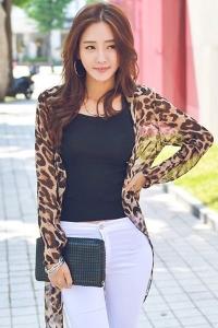 '.Легкая леопардовая накидка .'