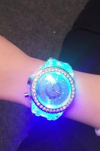 '.Объемные силиконовые часы .'
