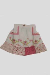 Юбка белая с цветочным вышивным рисунком (4 года)
