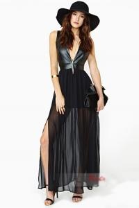 '.Экстравагантное вечернее платье .'
